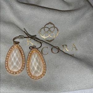 white pearl/gold dangly earrings